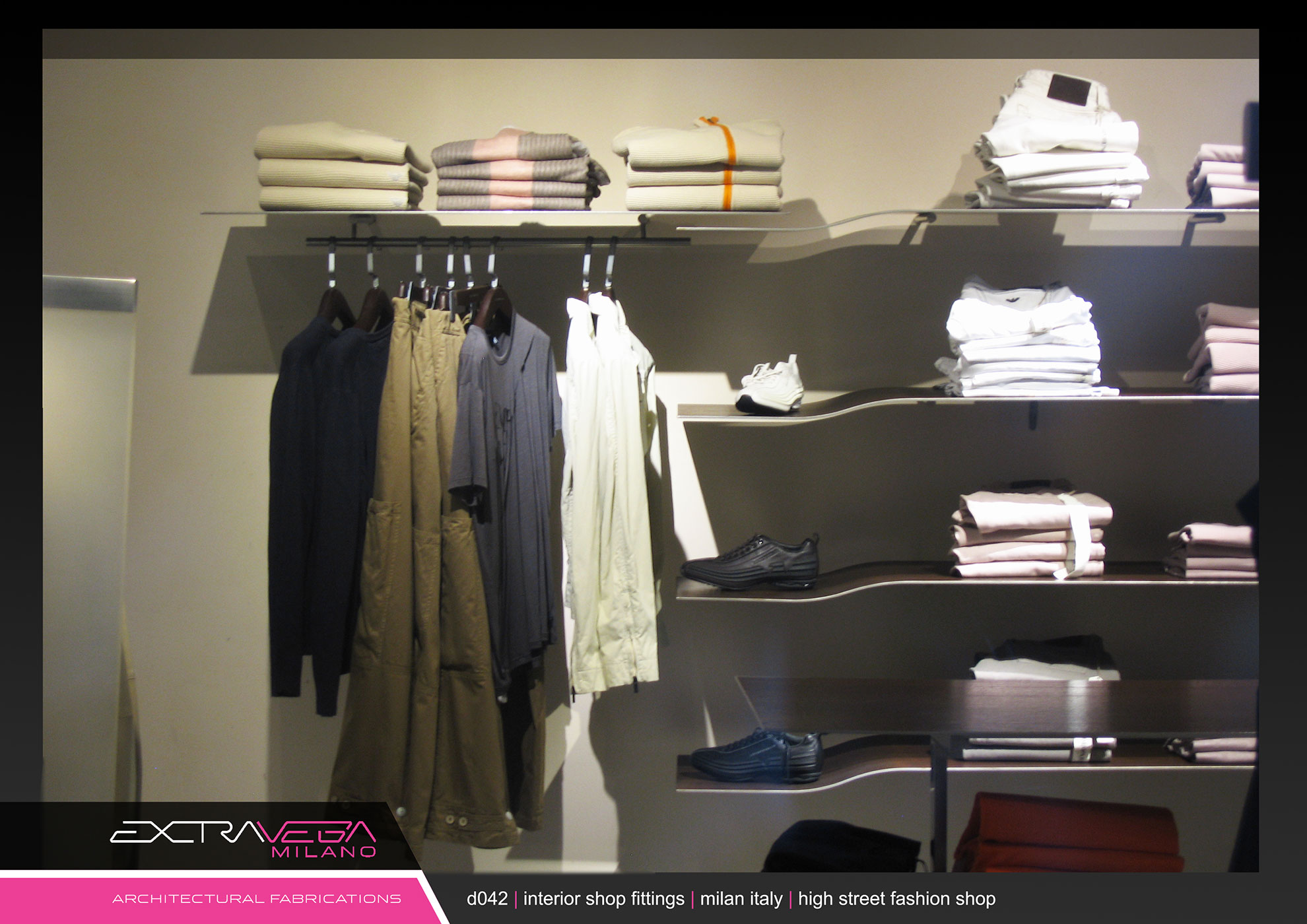 D42 interior shop fittings extravega for Retail furniture